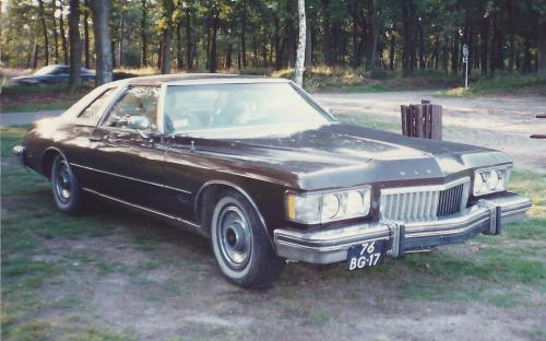 11. buick Riviera 1974
