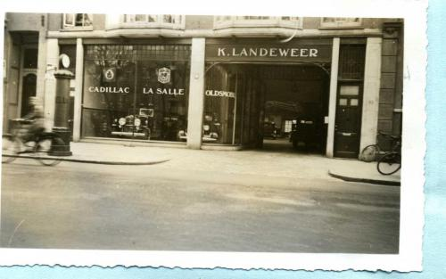 1930 circa Filiaal Landeweer in Amsterdam